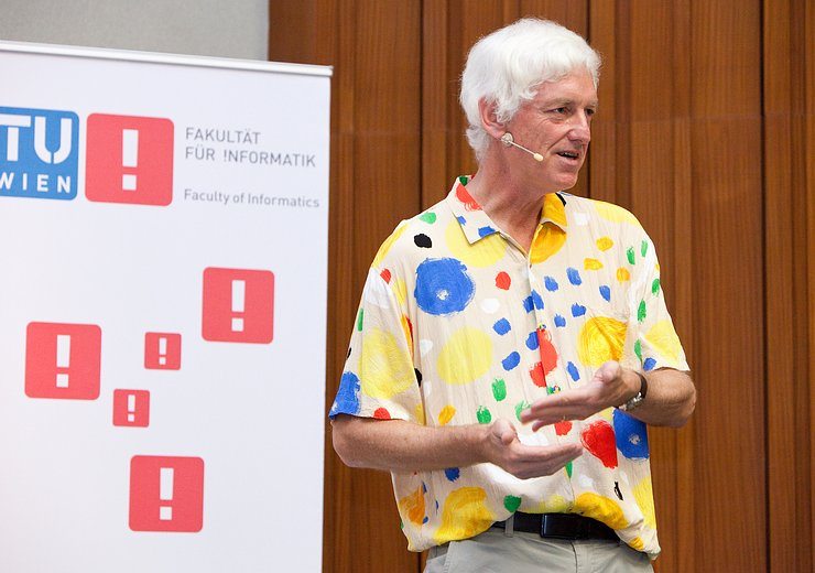 Peter Norvig at the Vienna Gödel Lecture 2015.